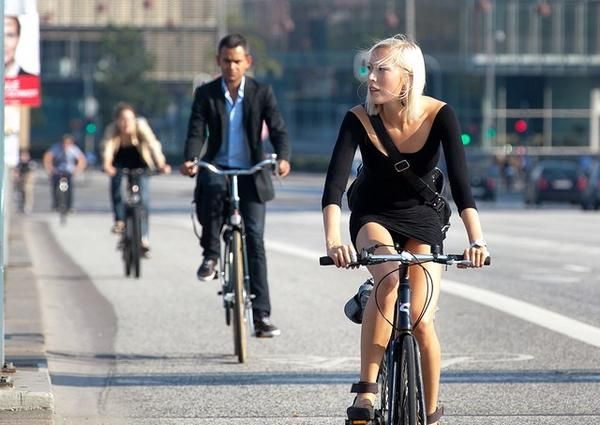 Italian city Bari to pay people to cycle to work